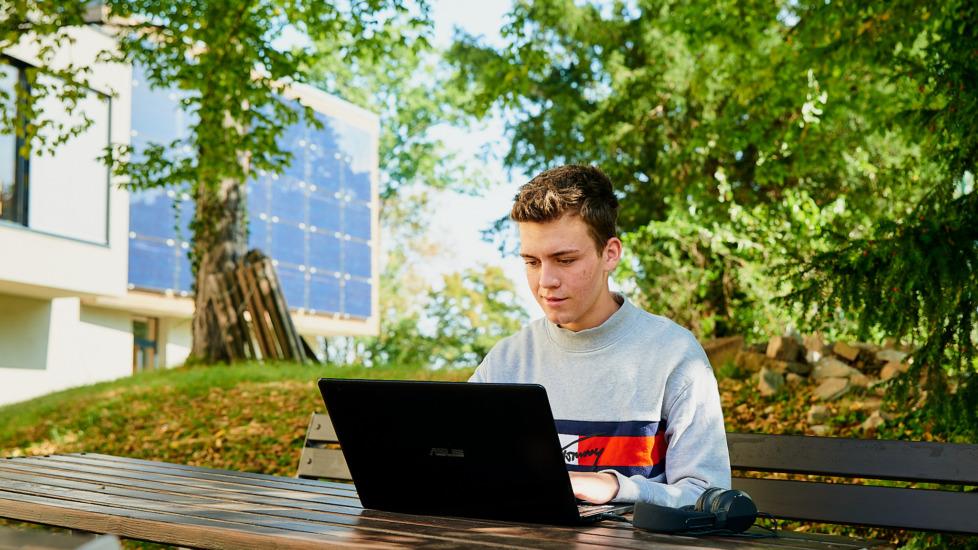 Erfolgsstory: 1 Jahr Online Studium