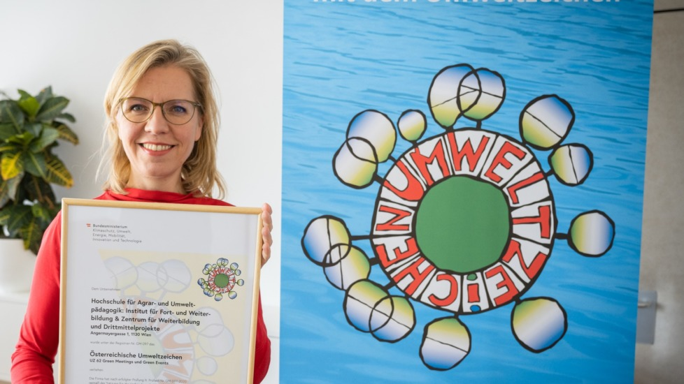 Wir setzen auf mehr Nachhaltigkeit bei Meetings und Events! – Auszeichnung mit dem Umweltzeichen durch BM Gewessler